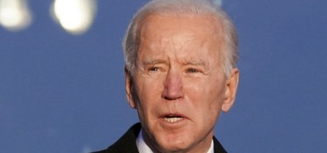 Joe Biden & Kamala Harris honor the 400,000 Americans who have died from Covid-19