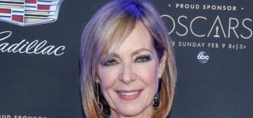 Allison Janney loves putting Q-tips in her ear, against the advice of her doctor
