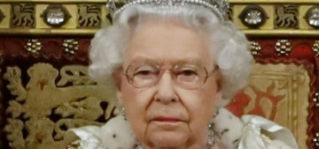 People: The Queen 'has no intention' of abdicating, she's 'in good fettle'