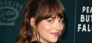 Dakota Johnson & Chris Martin are living together in Malibu, they have dinner with Goop