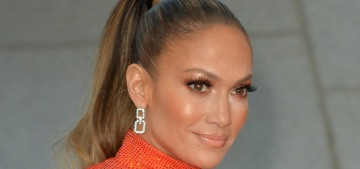 Jennifer Lopez & Alex Rodriguez 'are working through some things,' hmmm