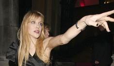 Courtney Love banned from London hotel after starting fire