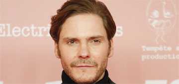 Daniel Bruhl improvised Zemo's dance moves in Falcon and the Winter Soldier