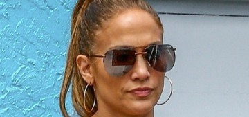 Jennifer Lopez & A-Rod won't be getting back together but he really wants to