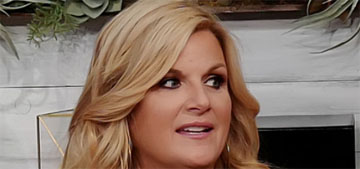 Trisha Yearwood hasn't recovered her sense of smell or taste after getting covid