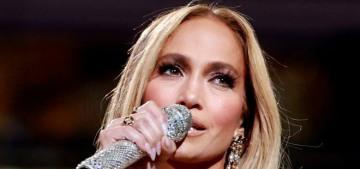 Jennifer Lopez sang 'Sweet Caroline' to lure Red Sox fan Ben Affleck into her dugout