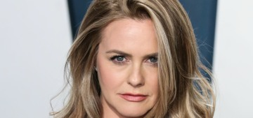 """""""Alicia Silverstone reminds everyone that it's pronounced Ah-lee-see-ah"""" links"""