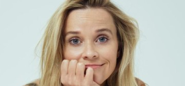 Reese Witherspoon: Women aren't encouraged to talk about financial literacy