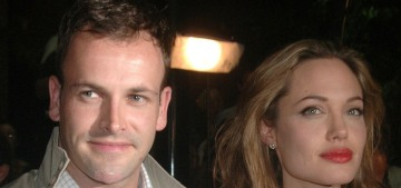 Angelina Jolie & Jonny Lee Miller did have a 'date night' in NYC, in his apartment?