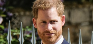 Did Prince Harry negotiate a four-book publishing deal or is the Mail lying again?