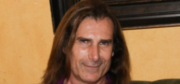 Fabio sleeps in a hyperbaric chamber, claims it 'reverses the aging process'