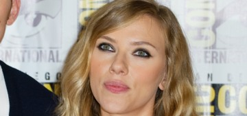 Scarlett Johansson & Chris Evans will star in a 'Romancing the Stone'-type film?