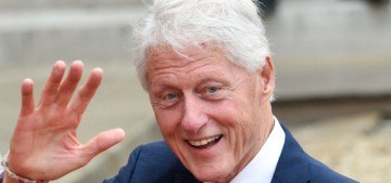 """""""Bill Clinton was hospitalized for a non-Covid-related infection"""" links"""