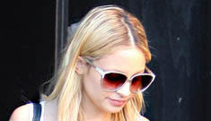 Nicole Richie in fender-bender with paparazzo without a diver's license