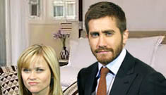 Reese Witherspoon and Jake Gyllenhaal take an actual vacation together