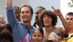 Matthew McConaughey exercises with students in his after school program