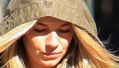 Sources: Sienna Miller is still bangin' Balthazar Getty & Slinky Wizard