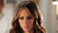 Jennifer Love Hewitt thinks two ghosts live in her house