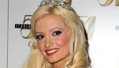 Holly Madison thinks Hef's new girlfriends are copycats