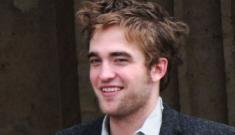 "Robert Pattinson claims he's ""manic depressive"""