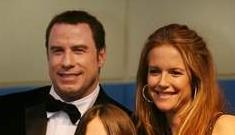 John Travolta thanks neighbors at hometown opening of 'Old Dogs'