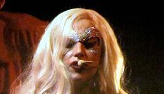 """Lady GaGa goes down in Canada"" links"