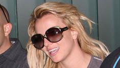 Britney Spears denies engagement rumors