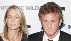 Sean Penn and Robin Wright Penn Divorcing After 11 Years Of Marriage