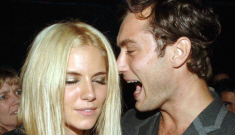 Jude Law & Sienna Miller spent Thanksgiving together