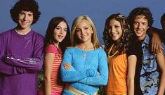 """""""Surprise! Nickelodeon pulls the plug on Zoey 101″ links"""