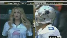 Jessica Simpson & Tony Romo go on vacation with her parents