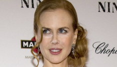 Nicole Kidman nearly busts out of her dress at 'Nine' premiere