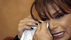 Paula Abdul has 'Insane Nervous Breakdown' at airport