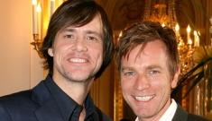 Jim Carrey & Ewan McGregor make out in France