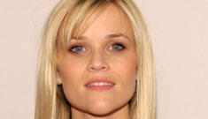 Gerard Butler & Reese Witherspoon allegedly hooking up