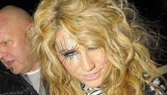 Kesha is a zebra-striped hot mess