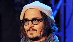 Fox News: Johnny Depp and Vanessa Paradis 'have terrible hygiene'