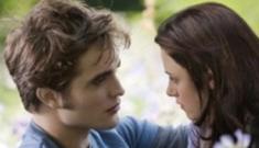 'Eclipse' trailer:  Needs More Sparkles