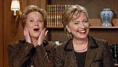 Hillary Clinton makes Saturday Night Live appearance