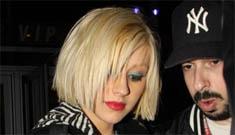 Christina Aguilera reminds us that she's still around
