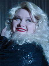 Danielle Macdonald as Willowdean in Dumplin