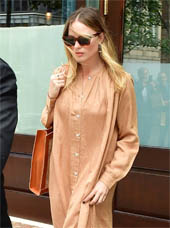 Margot Robbie looking gorgeous